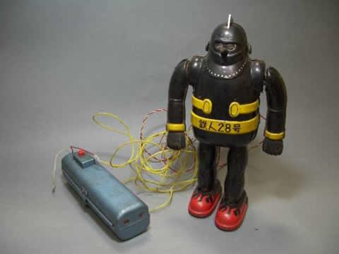 鉄人28号のブリキ製おもちゃが200万円で売れちゃったよ