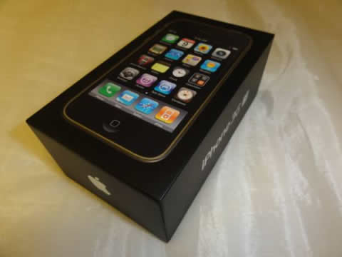 ★美品★Apple iPhone 3GS ブラック 32GB 箱 ケーブル類完備
